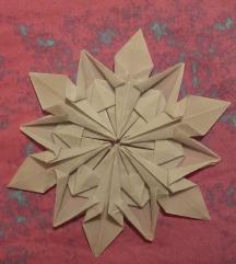 origami snežinka