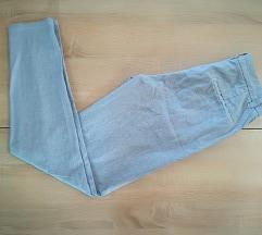 Svetlo modre hlače