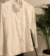Bela srajčka z volančki