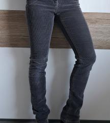 S.Oliver žametne hlače, XS