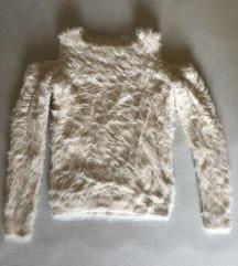 Fluffy rose gold pulover