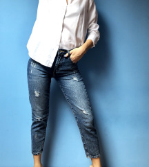 'Mom' fit jeans (ripped)