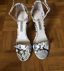 Zara usnjeni sandali z visoko peto