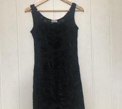 Žametna črna oblekica