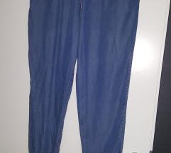 nove jeans hlače