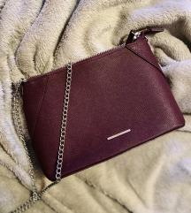 Bershka vijolicna torbica