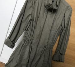 Olivno zelena jaknica
