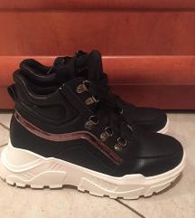 Ženski zimski čevlji št.39 🔥
