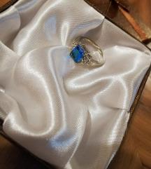 Prstan iz čistega srebra z žigom
