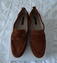 ZARA nizki rjavi čevlji