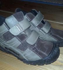 Fantovski čevlji GEOX št. 31, malo nošeni