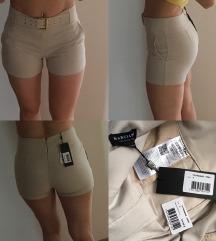 Kratke hlače M in L