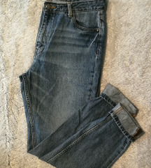 Mom jeans vel. L znamka Pieces