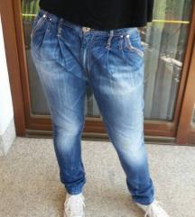 Pepe Jeans kavbojke