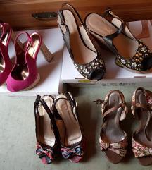 Set Novih Elegantnih Sandalov