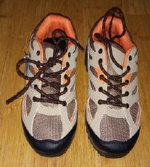 Novi pohodniški čevlji