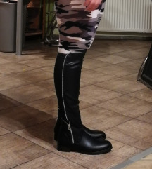 Škornji št.41