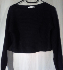 Črn crop pulover