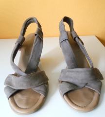 Ženski sandali čevlji 41 bež usnjeni R. Santi