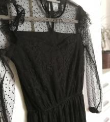Čipkasta črna obleka