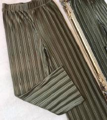 Plisirane hlače