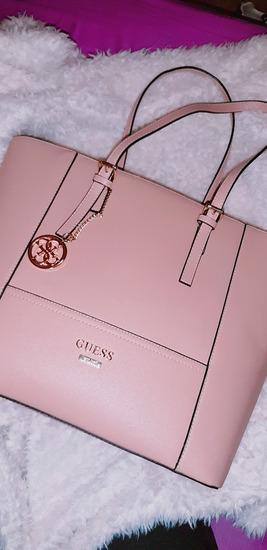 Nižam!  original Guess torbica 👜MPC:140€ 🌺