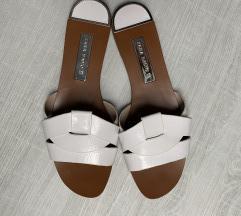 ZARA usnjeni sandali 39