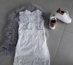 oblekica s čipko