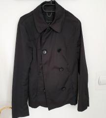 Prehodna črna jakna