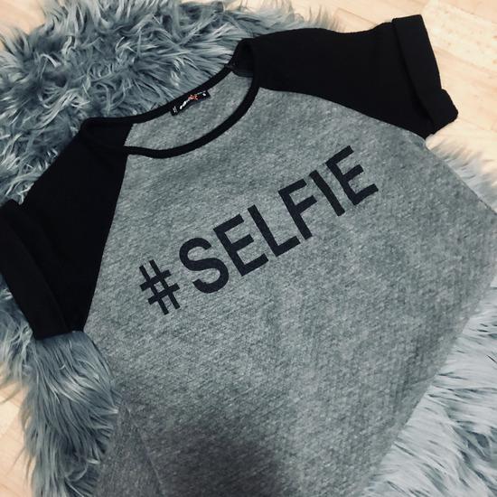 sportna oblekca selfie