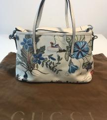 Gucci Avtentična Shoulder Bag White by Kris Knight