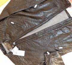 Prava usnjena jakna