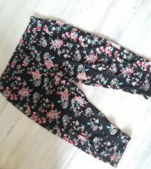 Kapri hlače pižama