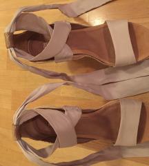 Ugg sandali