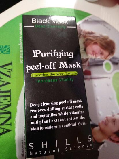 Črna maska za obraz