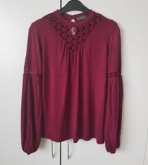 temno rdeča nova bluza s čipko