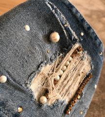 Original GUESS jeans. Zelo lepe!