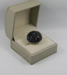 Srebrni prstan z kamni swarovski,vel.58
