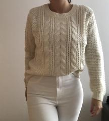 Krem puloverček