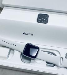 🎀Apple watch series 5 🎀