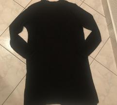Dolga crna majca