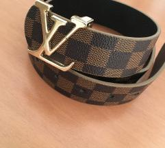 Louis Vuitton, Adidas & Versace pas