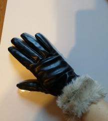 Rokavice iz imitacije usnja