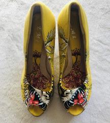 Sandali 39