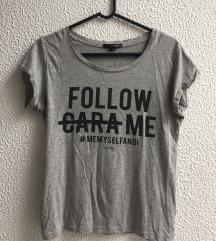 Majica z napisom