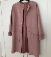 Prodam daljši suknjič roza barve