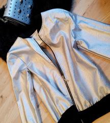 Nova srebrna jakna
