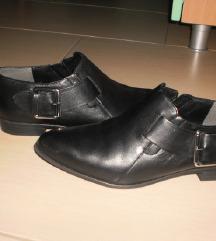 usnjeni čevlji mass 38  MPC69