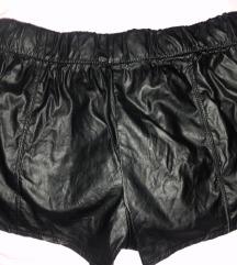Usnjene hlače