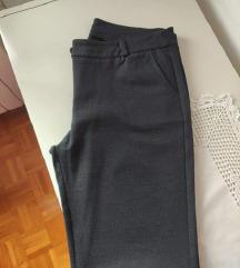 Sive poslovne hlače